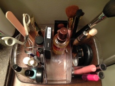 Multiple different compartments help with organization