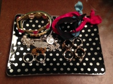 Organize by categories: bracelets, rings, etc